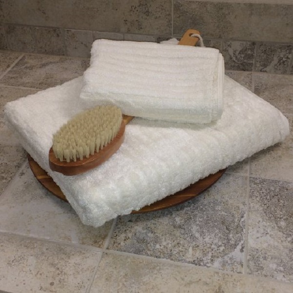 Heavy plush bamboo ribbed bath towel Image