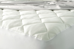 Spa Luxury Cool Touch Bamboo Plush Top Mattress Pad jpg3